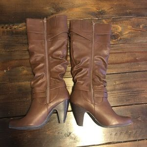 Size 8 shoetopia brown knee high boots with heel
